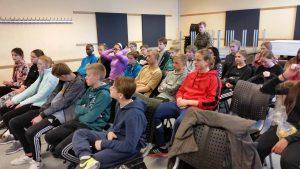 Vemmelev Skole Gardehusarregimentet RelationsNetværket Virksomheder adopterer skoleklasser Den åbne Skole