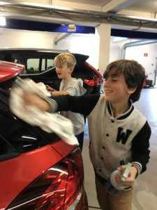 Autohuset Vestergaard Nærum Ordrup Skole Virksomheder adopterer  skoleklasser RelationsNetværket Den åbne skole